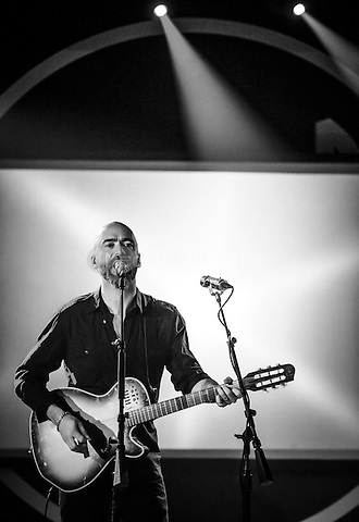 LAS VEGAS, NV - April 2: ***HOUSE COVERAGE*** Ed Kowalczyk performs Throwing Copper and other songs at Vinyl Las Vegas at Hard Rock Hotel & Casino in Las Vegas, NV on April 2, 2015. Credit: Erik Kabik Photography/MediaPunch