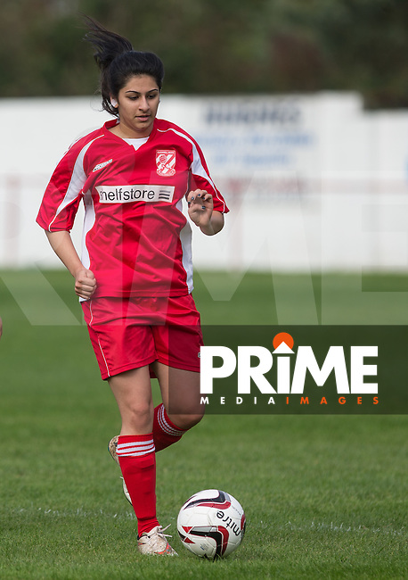 Henna Hussain of Flackwell Heath in action during the Thames Valley Counties Women's Football League (TVCWFL) match between Flackwell Heath Ladies and Laurel Park Vipers at Wilks Park, Blackwell Heath, England on 11 October 2015. Photo by Andy Rowland.