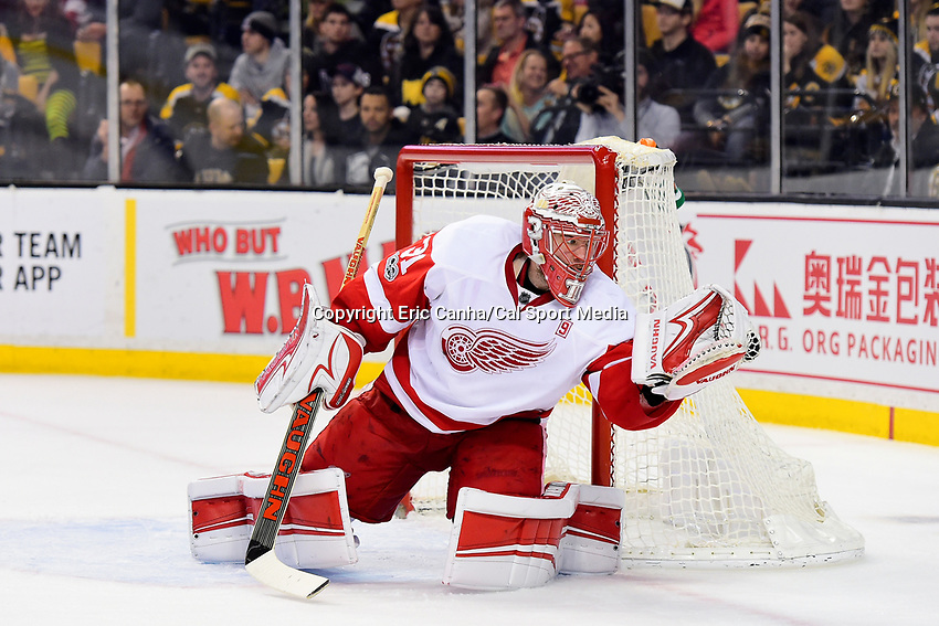 Tuesday, January 24, 2017: Detroit Red Wings goalie Jared Coreau (31) makes a glove save during the National Hockey League game between the Detroit Red Wings and the Boston Bruins held at TD Garden, in Boston, Mass. Boston defeats Detroit 4-3 in overtime. Eric Canha/CSM