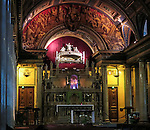 VMI Vincentian Heritage Tour: The chapel at the Motherhouse of the Congregation of the Mission in Paris Tuesday, June 21, 2016. The remains of St. Vincent de Paul are on display at the historic site. (DePaul University/Jamie Moncrief)