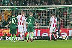 12.03.2018, Weser Stadion, Bremen, GER, 1.FBL, Werder Bremen vs 1.FC Koeln, im Bild<br /> Max Kruse (Werder Bremen #10)<br /> Timo Horn (Koeln #01)<br /> <br /> Foto &copy; nordphoto / Kokenge