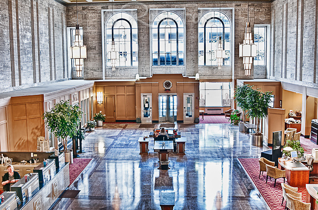 Liberty Savings Bank Building, Dayton Ohio  (Hulman building) Lobby view