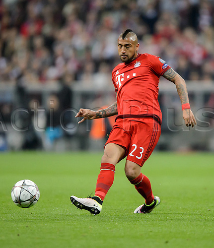 05.04.2016. Munich, Germany. UEFA Champions League FC Bavaria Munich versus Benfica Lisbon.  Arturo Vidal on Ball.