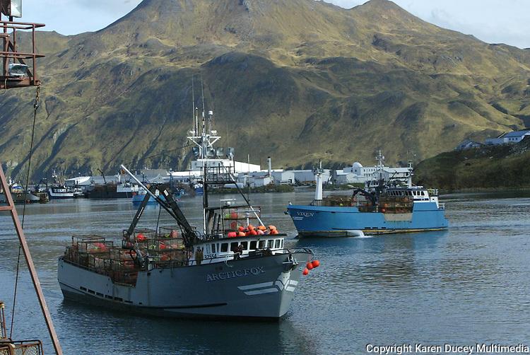 Bering Sea crab fishing in stormy seas | Karen Ducey Multimedia
