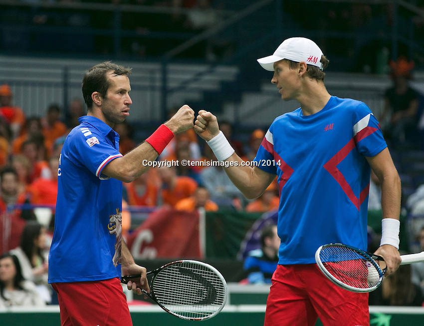 01-02-14,Czech Republic, Ostrava, Cez Arena, Davis Cup Czech Republic vs Netherlands,   Berdych/Stepanek(CZE)<br /> Photo: Henk Koster