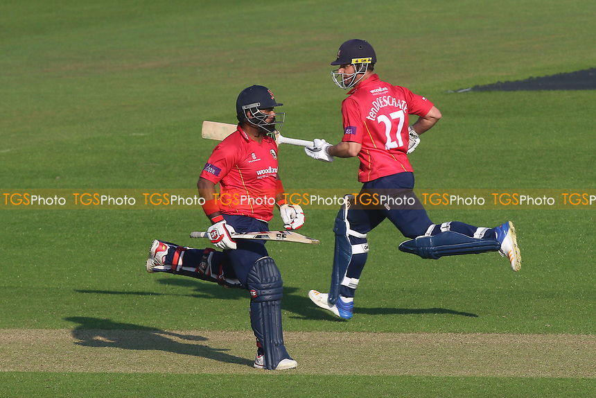 Ryan ten Doeschate (R) and Ashar Zaidi add to the Essex total during Glamorgan vs Essex Eagles, Royal London One-Day Cup Cricket at the SSE SWALEC Stadium on 7th May 2017