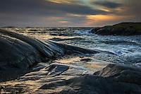 Vinterskymning på Torö vid havet i Nynäshamn Stockholms skärgård