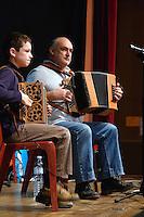 Fest noz de l'association passe moi le celte..Paffi, accordeoniste pere et fils, Clement et Philippe BOBINET