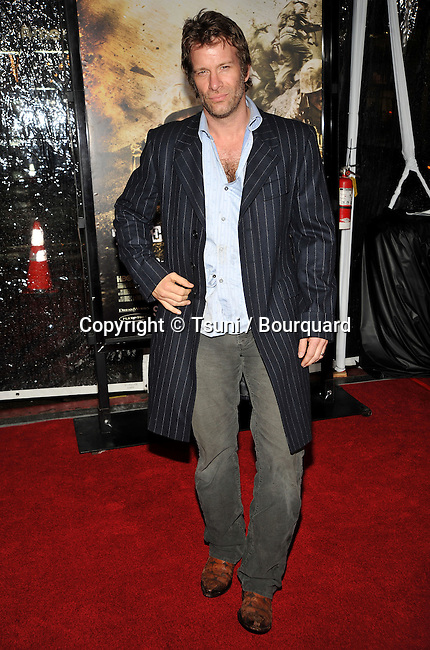 Thomas Jane _15   -<br /> The Pacific HBO Premiere at the Chinese Theatre In Los Angeles.