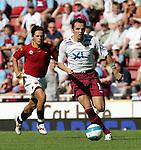 West Ham's Matthew Etherington in action. .Pic SPORTIMAGE/David Klein