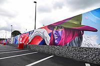 Nederland  Amsterdam -  September 2018.  Lange Muurschildering op de muur bij de Foodstrip en A2. Het kunstwerk is gemaakt door graffiti-kunstenaarduo's Karski & Beyond en Bier en Brood. Foto Berlinda van Dam / Hollandse Hoogte