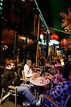 20080109 - France - Aquitaine - Pau<br /> LES CAFES DU BOULEVARD DES PYRENEES A PAU, TRES ANIMES.<br /> Ref : PAU_063.jpg - © Philippe Noisette.
