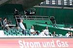 Werder Vorstand ud Sponsoren auf der Tribune  Clemens Fritz (Chef Scouting Abteilung SV Werder Bremen) #wbhwess, Klaus Filbry (Vorsitzender der Geschäftsführung / Kaufmännischer Geschäftsführer SV Werder Bremen), Peter Wesjohann Vorstand PHW Gruppe Wiesenhof), Michele Vulcano von Wohninvest, Marco Bode (Aufsichtsratsvorsitzender SV Werder Bremen)<br /> <br /> <br /> Sport: nphgm001: Fussball: 1. Bundesliga: Saison 19/20: 34. Spieltag: SV Werder Bremen vs 1.FC Koeln  27.06.2020<br /> <br /> Foto: gumzmedia/nordphoto/POOL <br /> <br /> DFL regulations prohibit any use of photographs as image sequences and/or quasi-video.<br /> EDITORIAL USE ONLY<br /> National and international News-Agencies OUT.