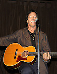 """Guiding Light's Bradley Cole performs a couple of his original songs at a showcase called """"Wednesday Nights at the Iguana"""" October 6th in New York City. (Photos by Sue Coflin/Max Photos)"""