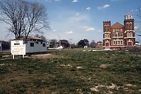 1984 April ..Conservation.Berkley 3....CAPTION...NEG#.NRHA#..
