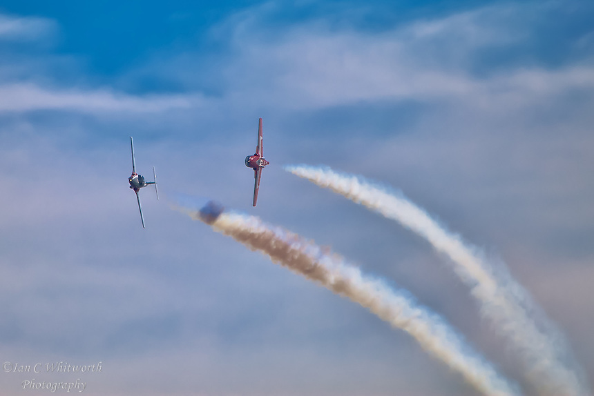 The Snowbirds solos show their stuff at the Canadian International Air Show in Toronto.