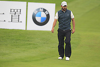 Pablo Larrazabal (ESP) at the 1st green during Thursday's Round 1 of the 2014 BMW Masters held at Lake Malaren, Shanghai, China 30th October 2014.<br /> Picture: Eoin Clarke www.golffile.ie