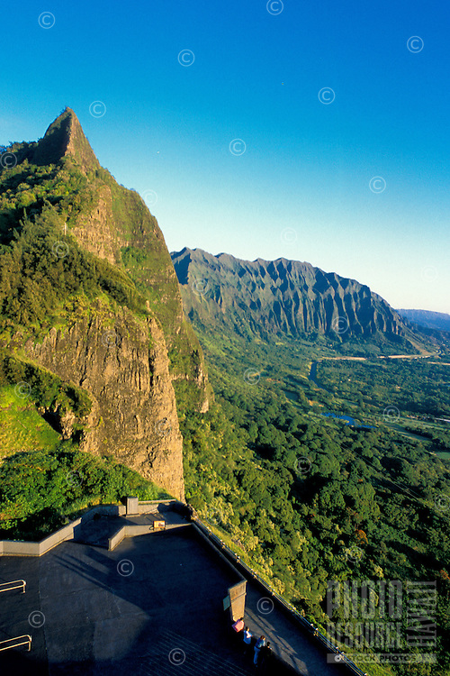 The Nuuanu Pali Overlook is a must see destination for anyone visiting Oahu. Located along the Koolau Mountains, the overlook offers a spectacular panoramic view of the windward side of Oahu.