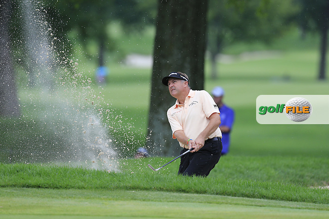 Ken Duke (USA) chips from a bunker at the 8th green during Friday's Round 1 of the 2013 Bridgestone Invitational WGC tournament held at the Firestone Country Club, Akron, Ohio. 2nd August 2013.<br /> Picture: Eoin Clarke www.golffile.ie