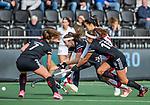 AMSTELVEEN - Eva de Goede (Adam)   tijdens de hoofdklasse hockeywedstrijd dames,  Amsterdam-Oranje Rood (2-2) .   COPYRIGHT KOEN SUYK