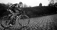 3 Days of West-Flanders, .day 3: Nieuwpoort-Ichtegem.Ben Swift on the Kemmelberg
