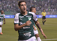 PALMIRA - COLOMBIA, 20-11-2019: Juan Ignacio Dinenno del Cali celebra después de anotar el primer gol de su equipo durante partido entre Deportivo Cali y América de Cali por la fecha 4, cuadrangulares semifinales, de la Liga Águila II 2019 jugado en el estadio Deportivo Cali de la ciudad de Palmira. / Juan Ignacio Dinenno of Cali celebrates after scoring the first goal of his team during match between Deportivo Cali and America de Cali for the date 4, quadrangulars semifinals, as part of Aguila League II 2019 played at Deportivo Cali stadium in Palmira city. Photo: VizzorImage / Gabriel Aponte / Staff