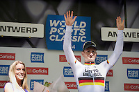 stage winner André Greipel (DEU/Lotto-Belisol) on the podium<br /> <br /> 3rd World Ports Classic 2014<br /> stage 1: Rotterdam - Antwerpen 195km