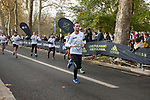 2019-11-17 Fulham 10k 064 SB Finish rem