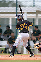 Pittsburgh Pirates catcher Elias Diaz during an Instructional League intersquad scrimmage on September 29, 2014 at the Pirate City in Bradenton, Florida.  (Mike Janes/Four Seam Images)