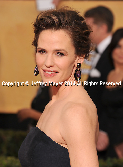 LOS ANGELES, CA- JANUARY 18: Actress Jennifer Garner arrives at the 20th Annual Screen Actors Guild Awards at The Shrine Auditorium on January 18, 2014 in Los Angeles, California.