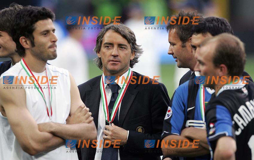 Roberto Mancini (Inter) trainer<br /> L'allenatore dell'Inter Roberto Mancini<br /> Italy &quot;Tim Cup&quot; 2006-07 - Coppa Italia<br /> 17 May 2007 (Final 2st Leg)<br /> Inter-Roma (2-1) (a.r. 2-6)<br /> &quot;Giuseppe Meazza&quot; Stadium-Milano-Italy<br /> Photographer Andrea Staccioli INSIDE