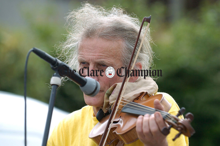Gypsy fiddler Aranos performing during the street carnival in Ennis market on Sunday. Photograph by John Kelly.