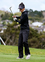 Tania Tare tricks demonstration during the Anita Boon Pro-Am, North Shore Golf Course, Auckland, New Zealand Thursday 21 September 2017.  Photo: Simon Watts/www.bwmedia.co.nz