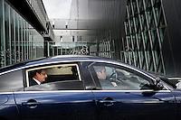 Visite de François Hollande aux nouvelles archives nationales.