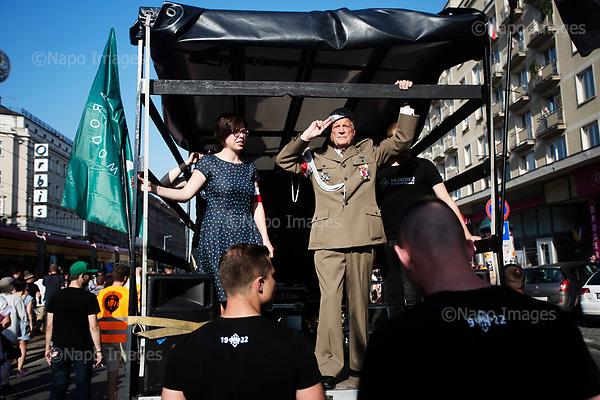 Warsaw 01.08.2017 Poland<br /> Major Julian Eugeniusz Kulski salutes to the crowd of members of the Radical National Camp (ONR) and the All-Polish Youth (mlodziez wszechpolska) during 73rd anniversary of the Warsaw Uprising in Warsaw<br /> Photo: Adam Lach / Napo Images<br /> <br /> Warszaw 01.08.2017<br /> Major Julian Eugeniusz Kulski salutuje do czlonkow Obozu Narodowo-Radykalnego i Mlodziezy Wszechpolskiej podczas 73 rocznicy powstania warszawskiego.<br /> Foto: Adam Lach / Napo Images