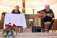 Viola Raheb und Marwan Abado mit ihrem lyrisch-musikalischen Vortrag