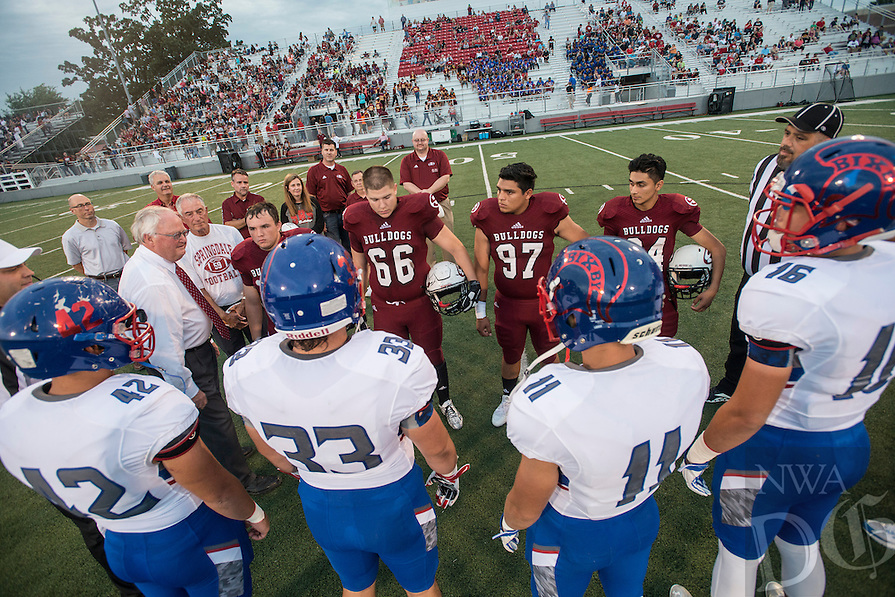 NWA Democrat-Gazette/ANTHONY REYES &bull; @NWATONYR<br /> Springdale against Bixby, Okla., Friday, Sept. 18, 2015 at Jarrell Williams Bulldog Stadium in Springdale.