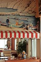 """Europe/France/Provence-Alpes-Côte d'Azur/13/Bouches-du-Rhône/Marseille: """"Chez Michel"""" - Brasserie des Catalans - détail de la déco -peinture murale -pécheurs et calanque"""