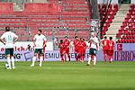 Jubel Mainz nach dem 3:1, hängende Köpfe bei Werder<br /> <br /> <br /> Sport: nphgm001: Fussball: 1. Bundesliga: Saison 19/20: 33. Spieltag: 1. FSV Mainz 05 vs SV Werder Bremen 20.06.2020<br /> <br /> Foto: gumzmedia/nordphoto/POOL <br /> <br /> DFL regulations prohibit any use of photographs as image sequences and/or quasi-video.<br /> EDITORIAL USE ONLY<br /> National and international News-Agencies OUT.