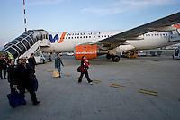Passeggeri di un volo della Wind Jet