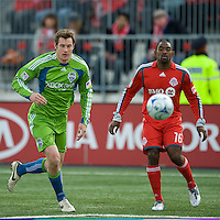 Nate Jaqua (left) for the Seattle Sounders FC and Marvell Wynne (16) of Toronto FC in action at BMO Field on April 4, 2009.Seattle won 2-0.