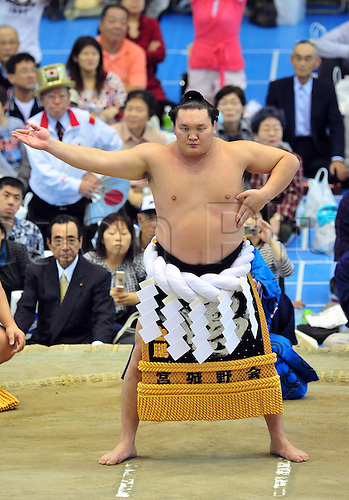 17.10.2010 Sumo Yokohama Tour at Yokohama Culture Gymnasium, Kanagawa, Japan. Picture shows Hakuho.