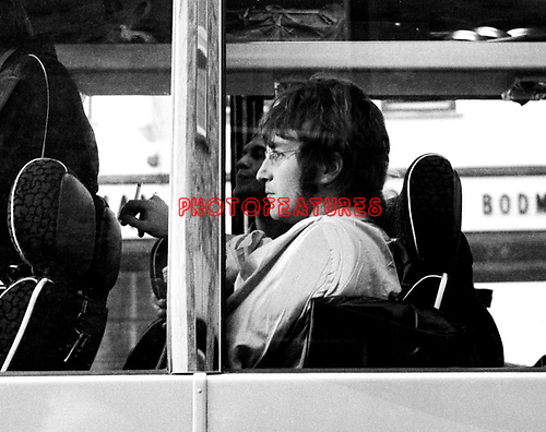 Beatlesmmt 67 3 055a Jpg Chris Walter Classic Rock Photo Archive