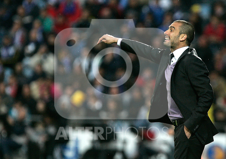 Barcelona's Pep Guardiola during La Liga match, April 18, 2009. (ALTERPHOTOS/Alvaro Hernandez).