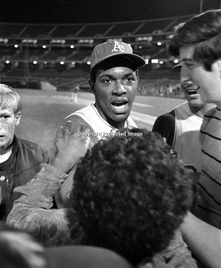 A's Vida Blue is greeted by his mom & others after pitching a no-hitter against the Twins on Sept 21,1970.<br />