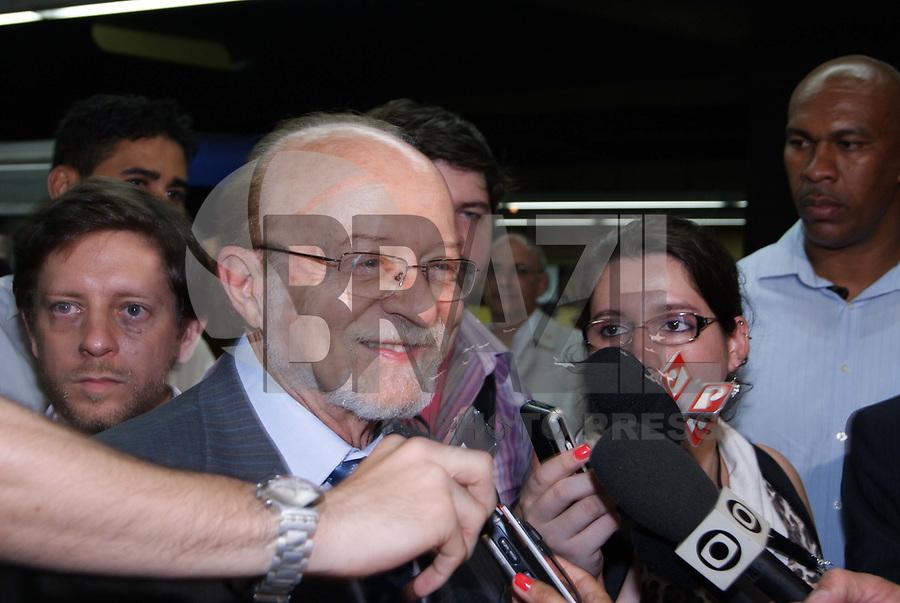 ***ATENÇÃO EDITOR FOTO DE ARQUIVO DE 15/09/2019 - ALBERTO-GOLDMAN - O ex-governador de São Paulo, Alberto Goldman, de 81 anos, morreu por volta das 13h30 deste domingo (1). A informação foi confirmada pela assessoria de imprensa do político. Ele estava internado desde o dia 19 de agosto na Unidade de Terapia Intensiva (UTI) do Hospital Sírio-Libanês após passar mal e se submeter a uma cirurgia no cérebro. Na foto o ex governador Goldman <br /> durante entrega dos 7º e 8º novos trens da Linha 2-Verde do Metrô, adquiridos para o Plano de Expansão do Transporte Metropolitano. A cerimônia de entrega realizada na estação Paraíso. (Foto: William Volcov/Brazil Photo Press)