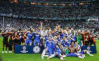 MUNIQUE, ALEMANHA, 19 DE MAIO DE 2012 - LIGA DOS CAMPEOES FINAL - BAYERN  DE MUNIQUE X CHELSEA - Jogadores do Chelsea comemoram a conquista da Liga dos Campeoes da Europa apos vencer o Bayern de Munique nos penaltis no Estadio Alliaz Arena em Munique na Alemanha, neste sabado 19. (FOTO: WILLIAM VOLCOV / BRAZIL PHOTO PRESS).