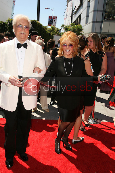 Roger Smith and Ann-Margret<br /> at the 2010 Primetime Creative Arts Emmy Awards,  Nokia Theater L.A. Live, Los Angeles, CA. 08-21-10<br /> David Edwards/DailyCeleb.com 818-249-4998