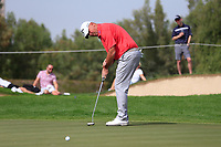 Thomas Bjorn (DEN) on the 1st green during Round 2 of the Omega Dubai Desert Classic, Emirates Golf Club, Dubai,  United Arab Emirates. 25/01/2019<br /> Picture: Golffile | Thos Caffrey<br /> <br /> <br /> All photo usage must carry mandatory copyright credit (© Golffile | Thos Caffrey)