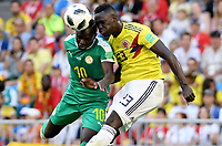 SAMARA - RUSIA, 28-06-2018: Sadio MANE (Izq) jugador de Senegal disputa el balón con Davinson SANCHEZ (Der) jugador de Colombia durante partido de la primera fase, Grupo H, por la Copa Mundial de la FIFA Rusia 2018 jugado en el estadio Samara Arena en Samara, Rusia. / Sadio MANE (L) player of Senegal fights the ball with Davinson SANCHEZ (R) player of Colombia during match of the first phase, Group H, for the FIFA World Cup Russia 2018 played at Samara Arena stadium in Samara, Russia. Photo: VizzorImage / Julian Medina / Cont